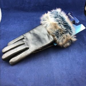 NWT Isotoner signature faux fur cuff gloves S/M